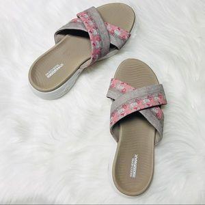 Skechers GOGA max sandals